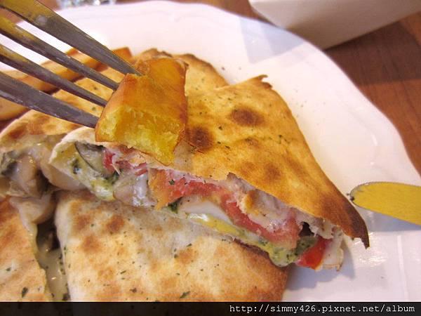 青醬墨西哥乳酪薄餅(5).jpg
