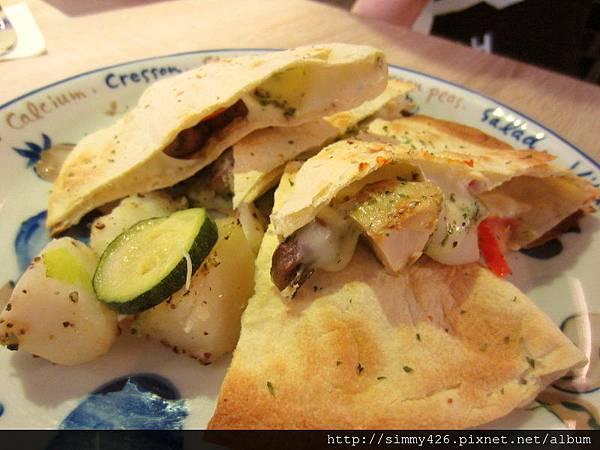 150609 青醬墨西哥乳酪薄餅(1).jpg