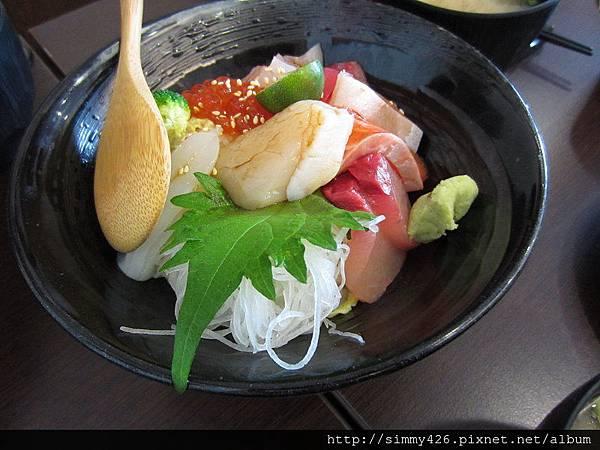 150620 鰻壽司 綜合海鮮飯(1).jpg