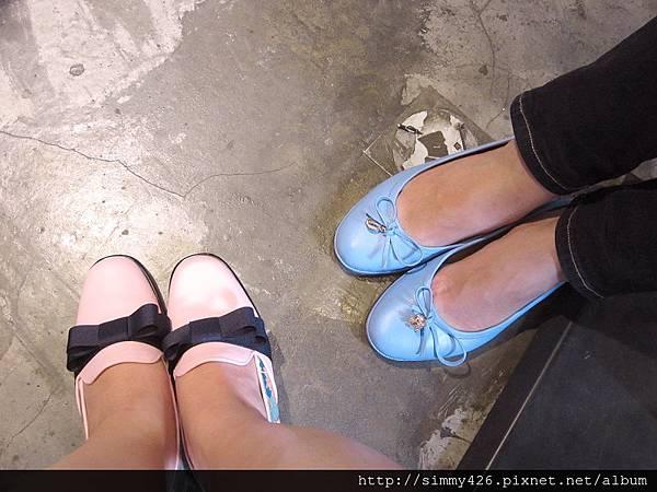 我們的寶貝鞋兒.jpg