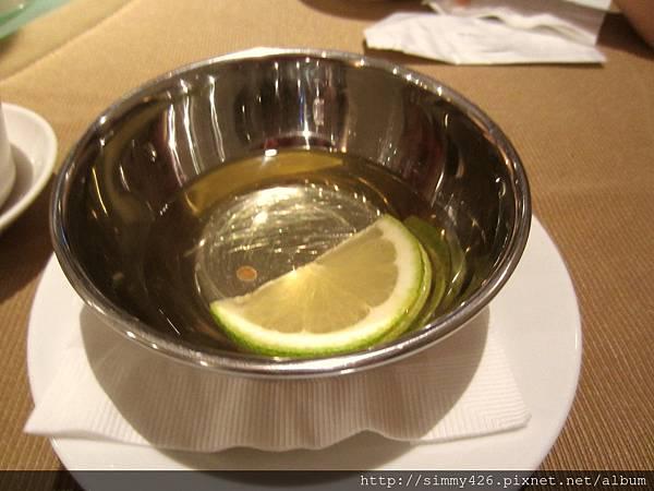 洗手缽 (檸檬水)