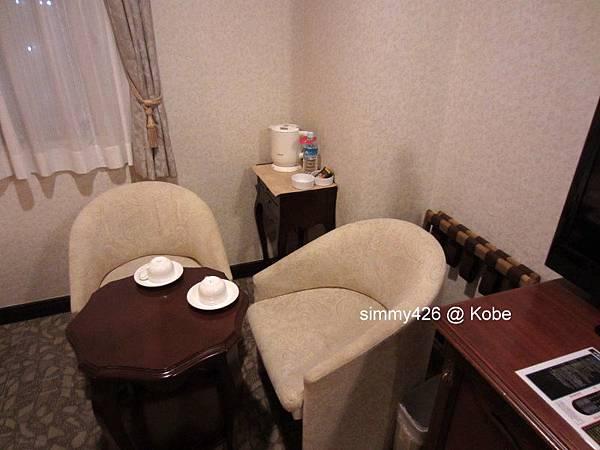Hotel Piena Kobe -- 房間(2).jpg