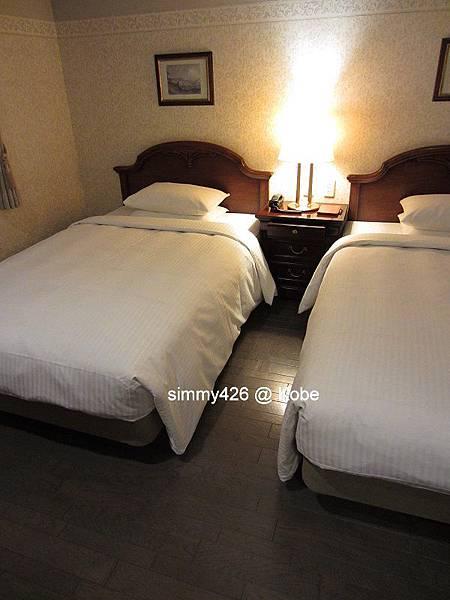 Hotel Piena Kobe -- 房間(7).jpg