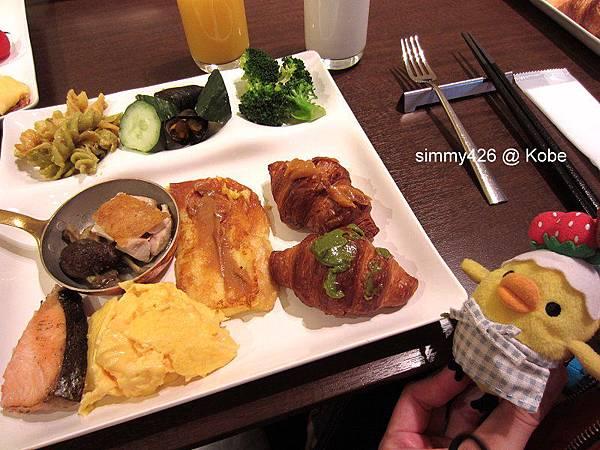 Hotel Piena Kobe 早餐(11).jpg