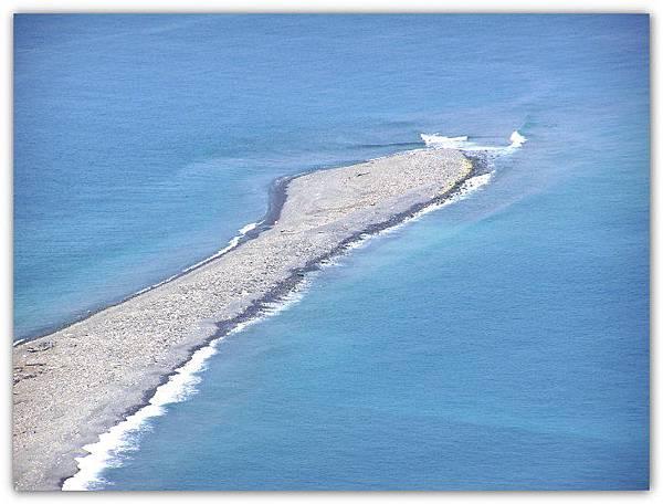 俯瞰龜尾礫石灘