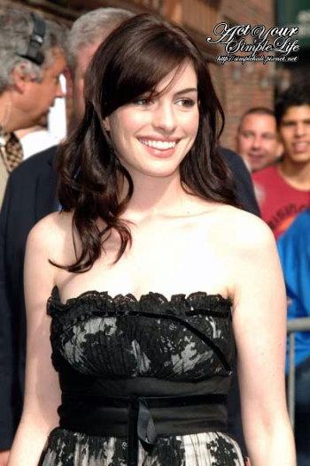 Anne-Hathaway-LSPost.jpg