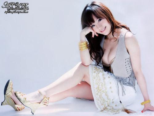 tanimura_nana_x201.jpg