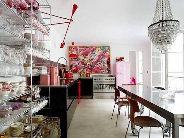 Vintage-Glam-in-an-Eclectic-Paris-Loft-6