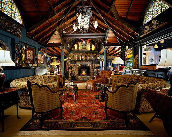 Great-Room-in-Brown