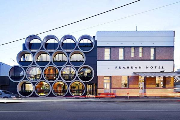 prahan-hotel-by-techne-architects-1