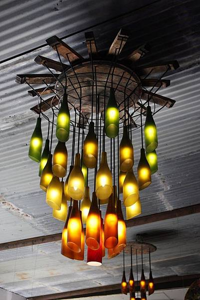 creative-diy-hanging-bottle-chandelier.jpg