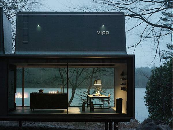 adaymag-vipp-the-shelter-08.jpg