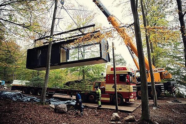 vipp-shelter-installation.jpg