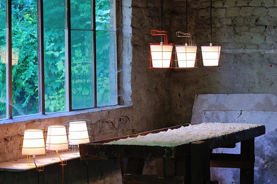 antoine-mege-baladeuse-lamp-hind-rabii-designboom-02.jpg