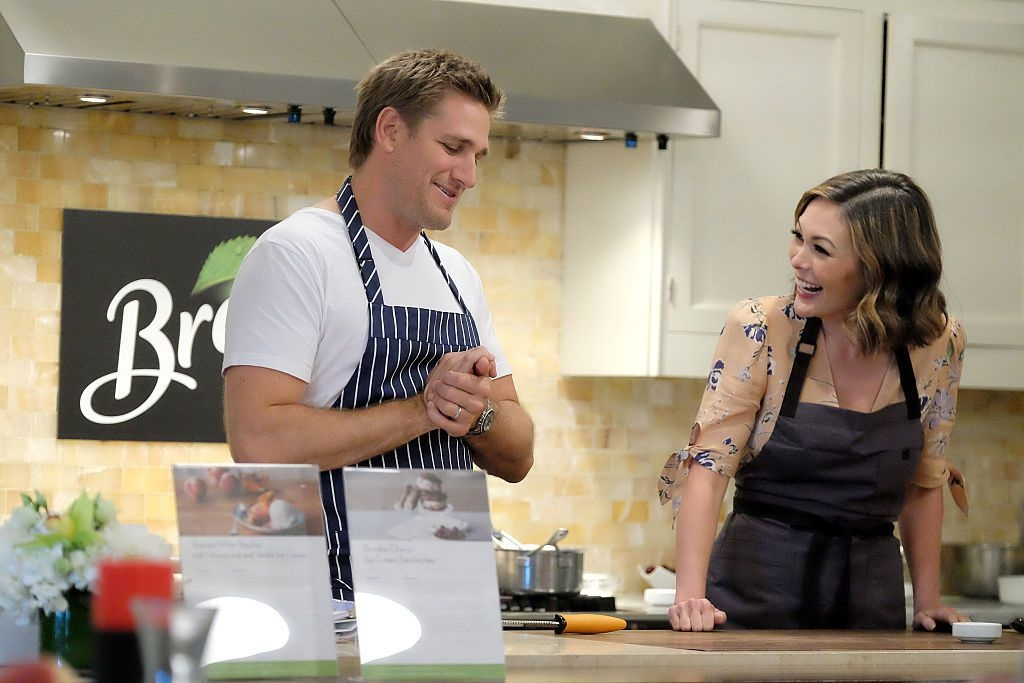 1476461065-delish-curtis-stone-cooking-together.jpg