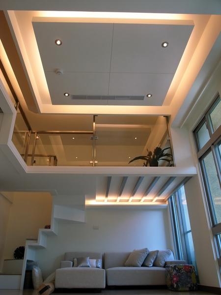 天花板1.jpg