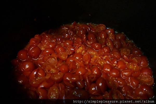 辣味蕃茄筆管麵05
