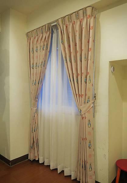 臥室隆美窗簾_05.jpg