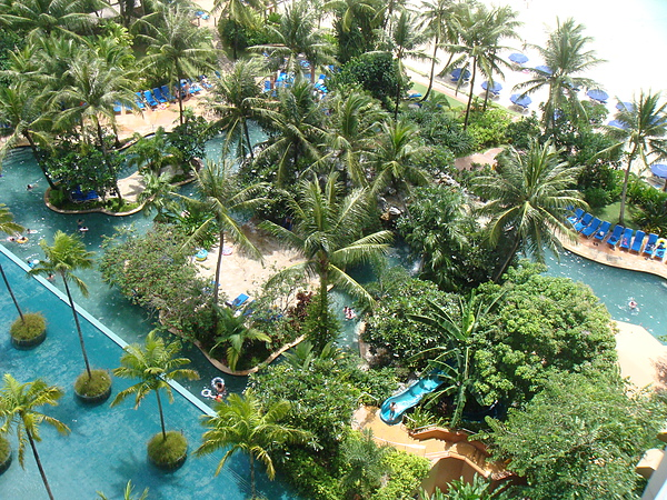 outrigger飯店~室外的泳池