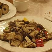 溪頭立德晚餐