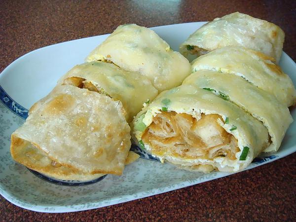 義豐豆漿店~蛋餅夾油條