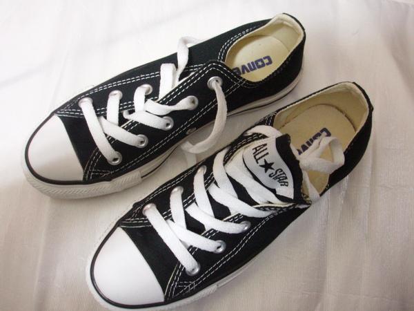 converse帆布鞋~黑色
