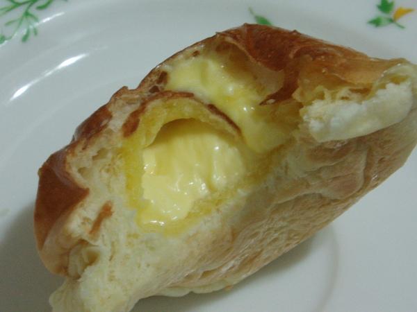 巴特里奶油餐包~奶油多到爆炸