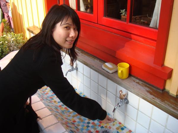 吉卜力~  洗手台也很精緻