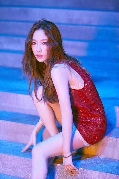 20180830-girls-generation-oh-gg-new-single-lil-touch-individual-conceptphoto01.jpg