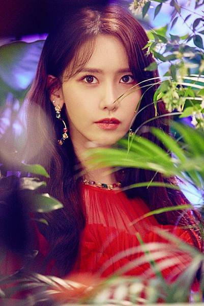 20180830-girls-generation-oh-gg-new-single-lil-touch-individual-conceptphoto05.jpg