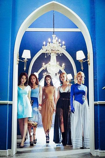 20180827-girls-generation-new-unit-oh-gg-new-single-lil-touch-concept-photo-cover.jpg