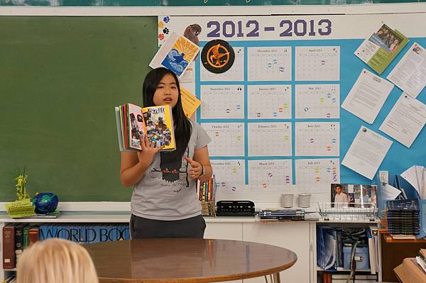 美國高中交換生學會用英文表達想法,和老師同學溝通