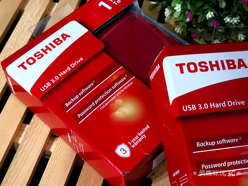 TOSHIBA Canvio Advance V9 1TB USB 3.0 2.5 吋外接式行動硬碟開箱 (13).png
