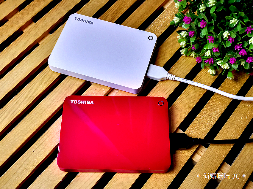 TOSHIBA Canvio Advance V9 1TB USB 3.0 2.5 吋外接式行動硬碟 (30).png