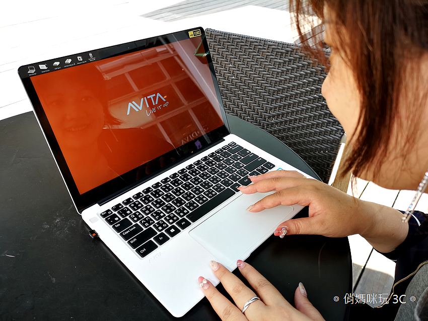 AVITA 筆記型電腦 (俏媽咪玩 3C) (25).png
