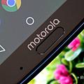 Motorola G6 Plus 開箱 (10).png