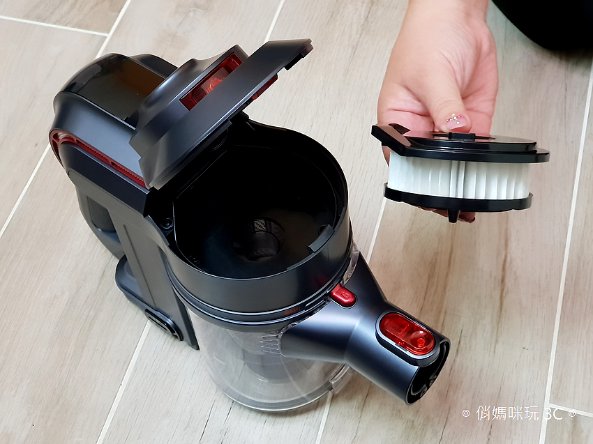 TiDdi 無線手持氣旋式吸塵器開箱 (俏媽咪玩3C) (31).png