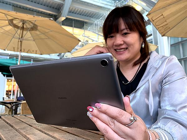 把 9.7 吋 iPad 換成 HUAWEI MediaPad M5 (1).png