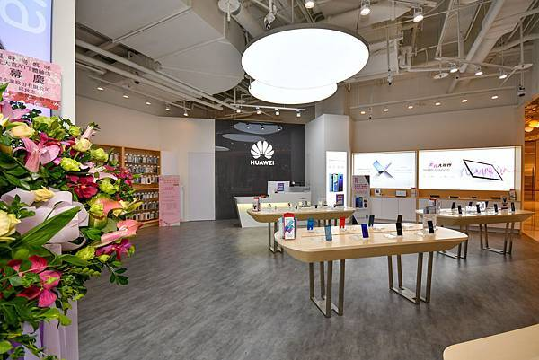 【HUAWEI 新聞照片】華為台北大直 ATT 體驗店內環境照 (2)