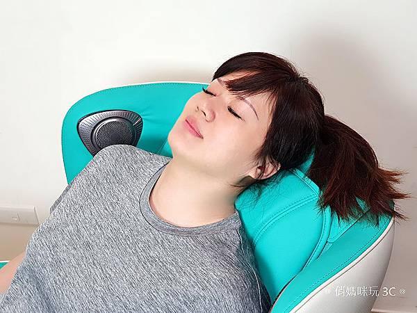 輝葉 HY-3067A Vsofa 沙發按摩椅體驗開箱 (俏媽咪玩 3C) (2).jpg
