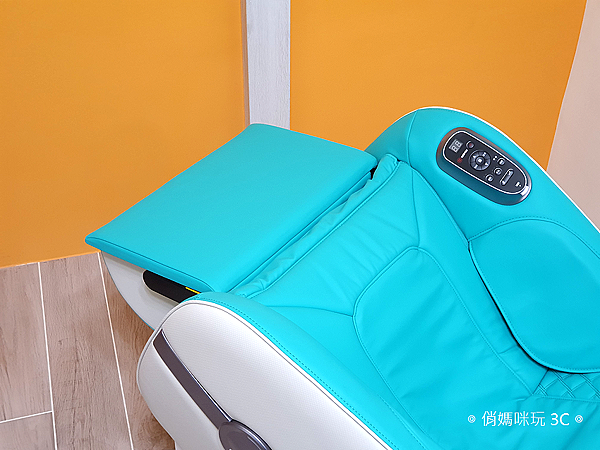 輝葉 HY-3067A Vsofa 沙發按摩椅體驗開箱 (俏媽咪玩 3C) (24).png