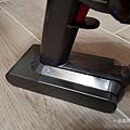 戴森 Dyson V11 Absolute+ 無線吸塵器開箱 (俏媽咪玩 3C) (30).png