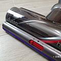 戴森 Dyson V11 Absolute+ 無線吸塵器開箱 (俏媽咪玩 3C) (7).png