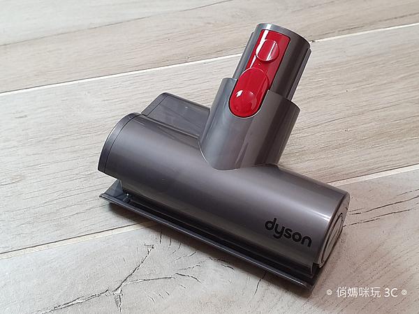戴森 Dyson V11 Absolute+ 無線吸塵器開箱 (俏媽咪玩 3C) (16).png