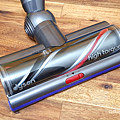 Dyson 戴森 V10 與 V11 比較 (俏媽咪玩3C) (1).png