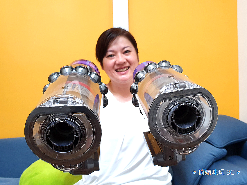 Dyson 戴森 V10 與 V11 比較 (俏媽咪玩3C) (2).png