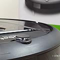 iRobot Roomba i7+ 掃地機器人開箱 (俏媽咪玩 3C) (12).png