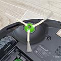 iRobot Roomba i7+ 掃地機器人開箱 (俏媽咪玩 3C) (17).png