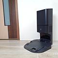 iRobot Roomba i7+ 掃地機器人開箱 (俏媽咪玩 3C) (21).png