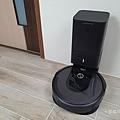 iRobot Roomba i7+ 掃地機器人開箱 (俏媽咪玩 3C) (24).png